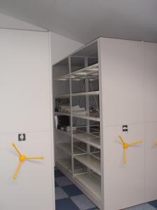 rafturi-arhiva-941403_big